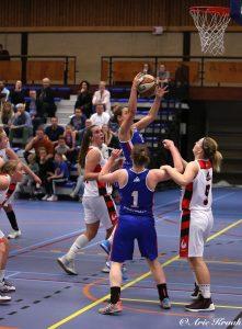 Barendrechtse basketbalvrouwen walsen over Amazone Utrecht heen
