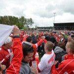 Barendrecht wint van Kozakken Boys (2-0), Kozakken Boys kampioen, fans vieren feest op veld BVV Barendrecht (Sportpark de Bongerd)