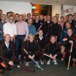 HCB Heren 1 op bezoek bij sponsor Tinke Assurantiën