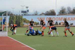 Hockeydames HCB vechten zich terug tot 2-2 tegen Derby