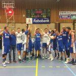 Basketbalheren Binnenland laten het even donderen in Barendrechtse basketbaltempel