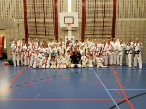 Clubkampioenschappen karate bij Him Yong Gi in de Riederpoort