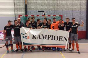 JA2 hockeyers stunten met zaalkampioenschap