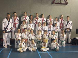 Him Yong Gi verovert 11 gouden medailles bij het NK karate.