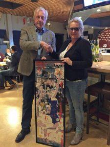 Basketbalvereniging Barendrecht ontvangt schilderij