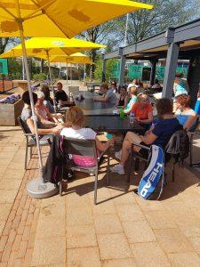 Dames Koffie en Taart toernooi bij Tennisvereniging Barendrecht
