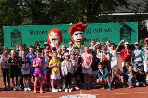Geslaagd Tenniskids event bij TV Barendrecht