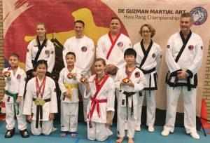 Barendrechtse karateschool sleept 10 medailles binnen tijdens groot karatetoernooi